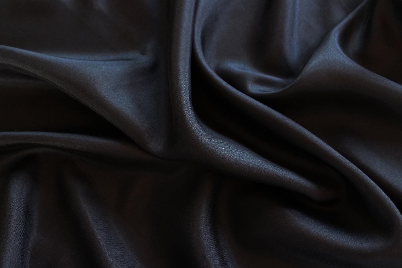 Zijden kussensloop zwart - Māsa Organic